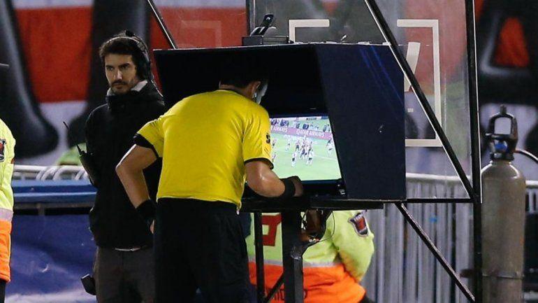 Ya rige el nuevo reglamento en el fútbol: estas son las leyes que entraron en vigencia