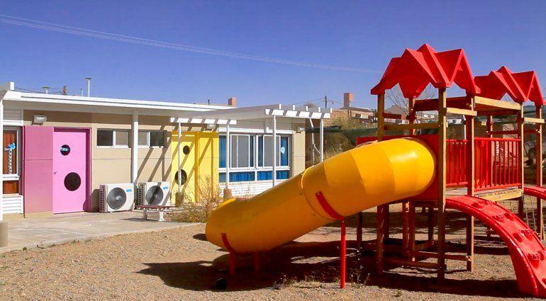 Más de 8.000 niños jujeños disfrutan y disfrutarán jardines mejorados para iniciar su escolaridad