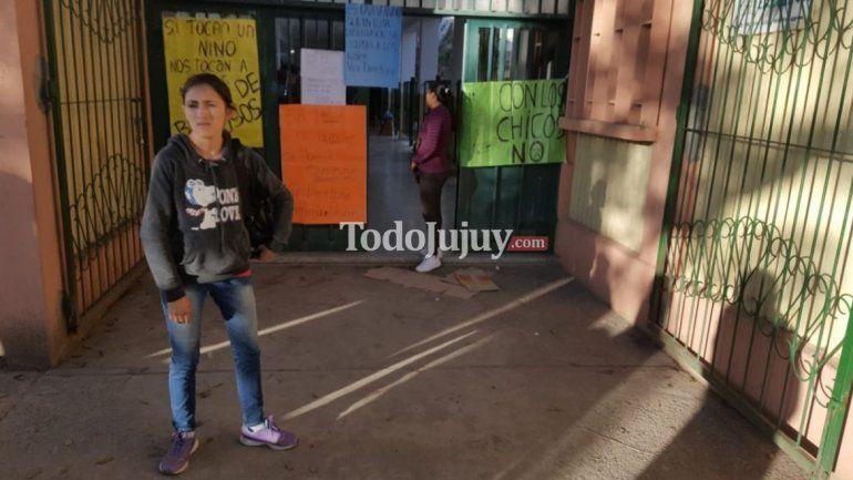 Padres denuncian caso de maltrato en el jardín de la Escuela Pablo Arroyo