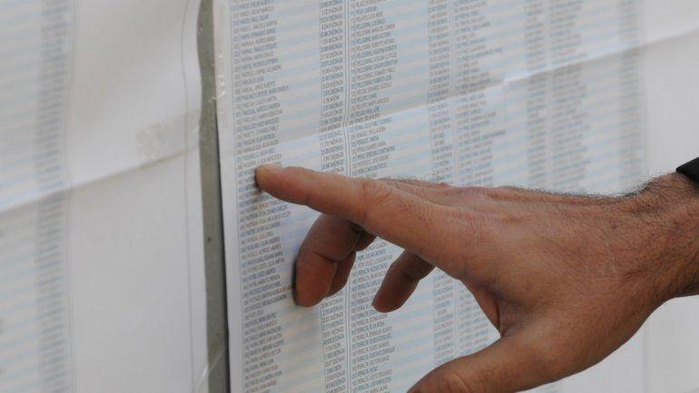 Mañana vota el 14% del padrón en cinco provincias, mientras el cierre de listas entra en la recta final