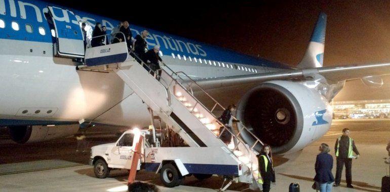 Un avión de Aerolíneas Argentinas aterrizó de emergencia en Bogotá por una falla técnica
