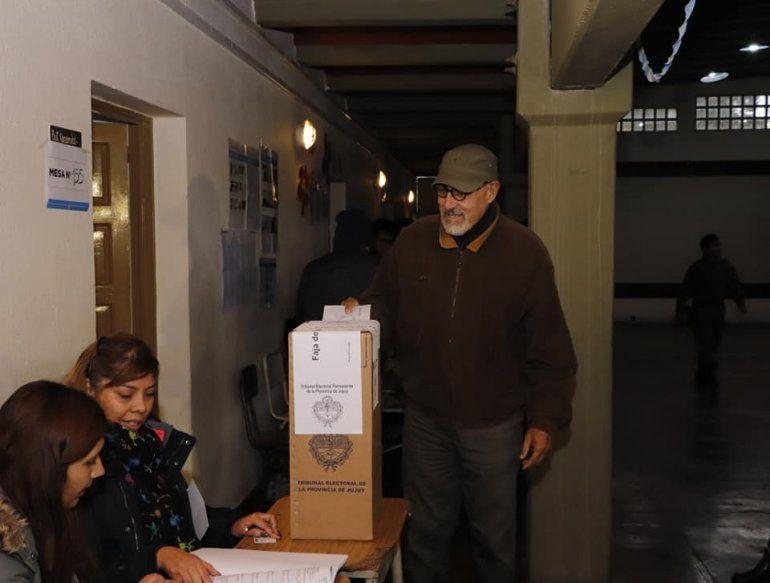 Carlos Santillán: Queremos volver a una democracia participativa, con el pueblo como protagonista