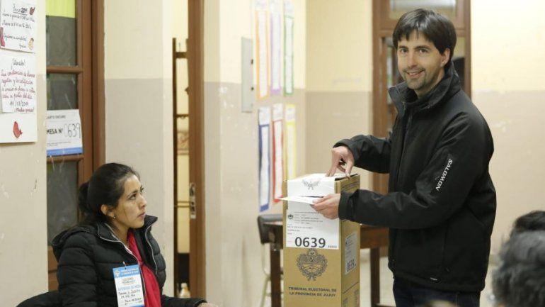 Votaron los candidatos a intendente de los municipios del interior