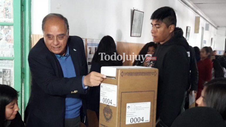 Votó Vicente Casas