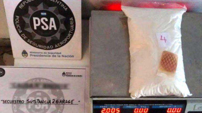 Secuestran 50 kilos de droga y desbaratan banda narco internacional