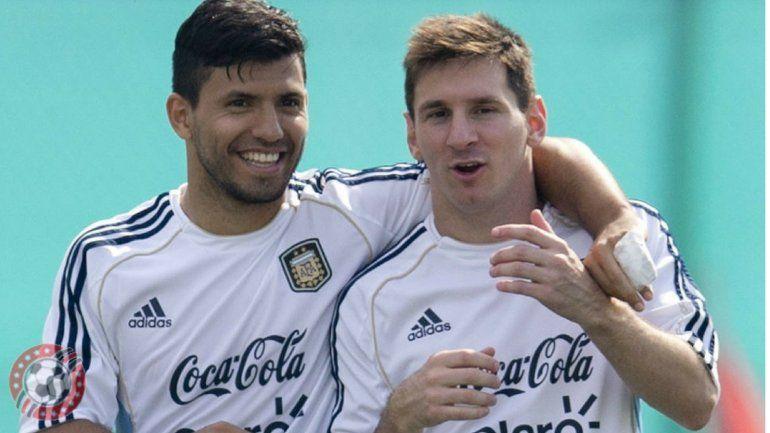 Lionel Messi se sacó una selfie en la habitación y escrachó al Kun Agüero