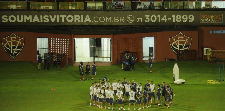 ¿Espionaje a la Selección argentina? Polémica por un helicóptero que sobrevoló la práctica