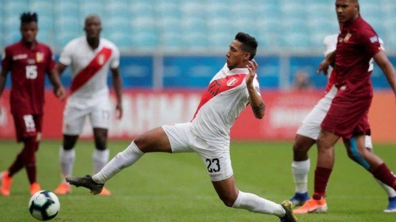 Perú y Venezuela empataron sin goles en Porto Alegre
