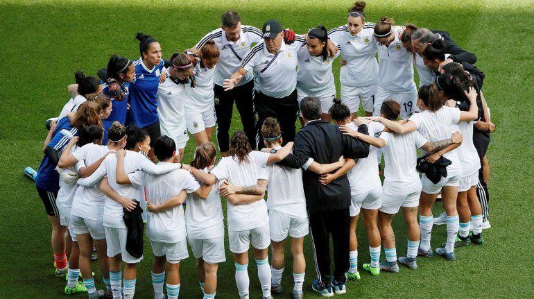 La Selección argentina femenina se entrenó pensando en Escocia