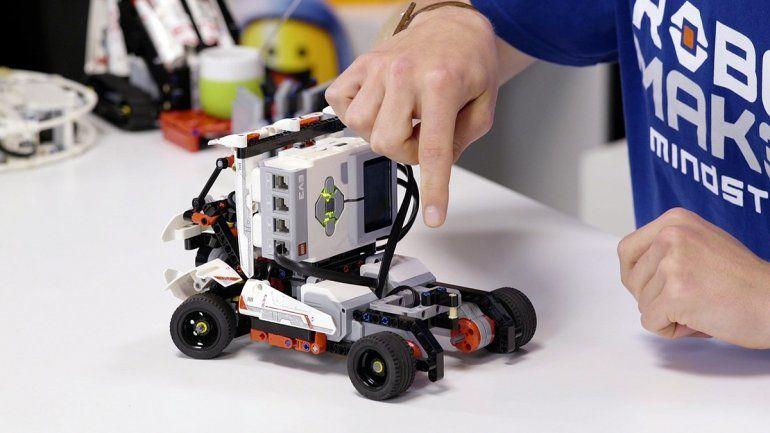 Robocyt: programando el futuro para chicos entre 10 y 17 años