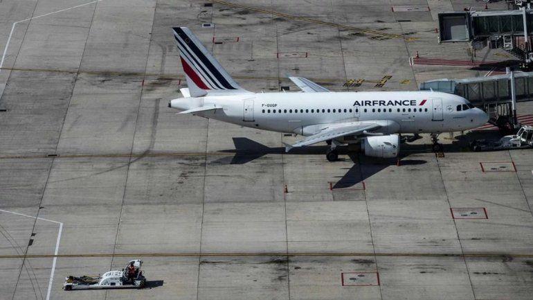 Amenaza de bomba en un avión que estaba por despegar del aeropuerto de Ezeiza