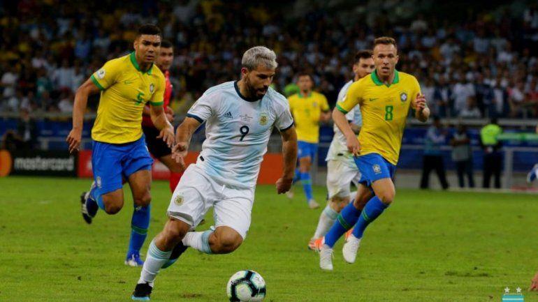 Brasil 2-Argentina 0: la Selección pierde en Belo Horizonte
