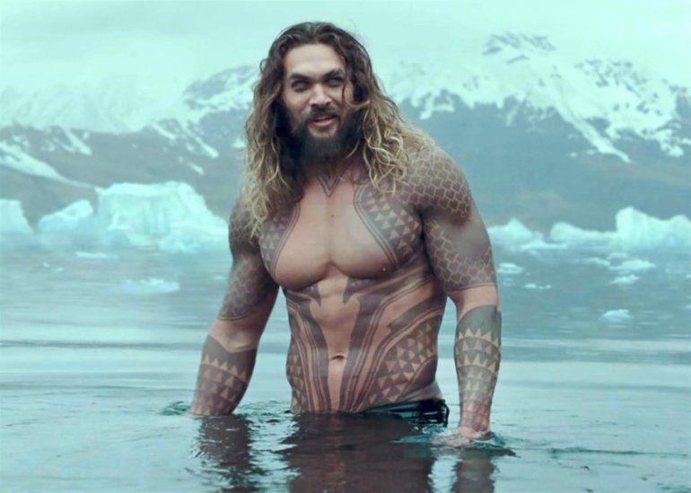 Criticaron a Jason Momoa, el actor de Aquaman, por tener unos kilitos de más