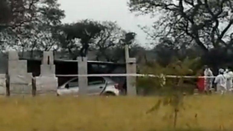 Hallaron los cuerpo de dos personas en una finca de Los Alisos