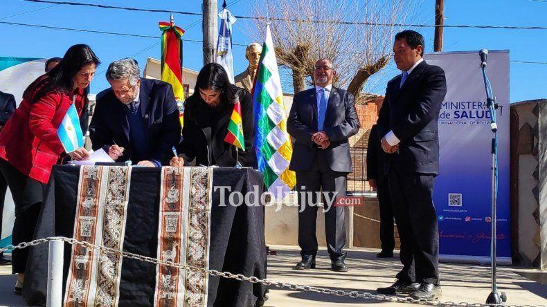 Argentina y Bolivia firmaron en La Quiaca el acuerdo de cooperación en salud