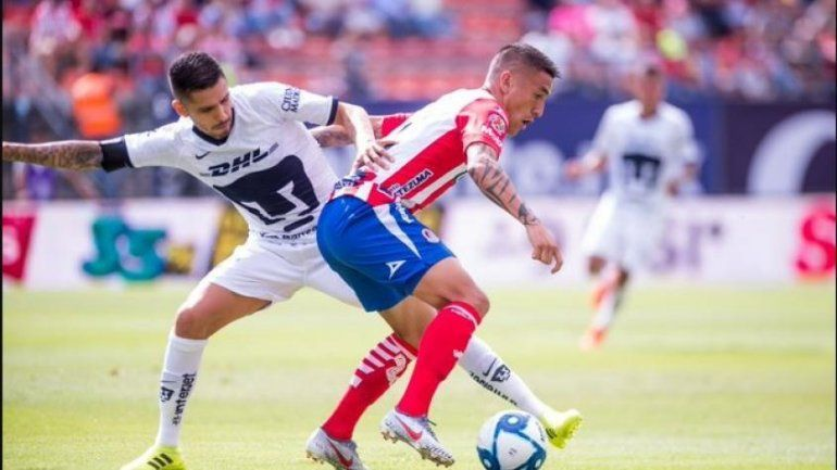Ricardo Centurión arrancó el torneo en México con una dura derrota