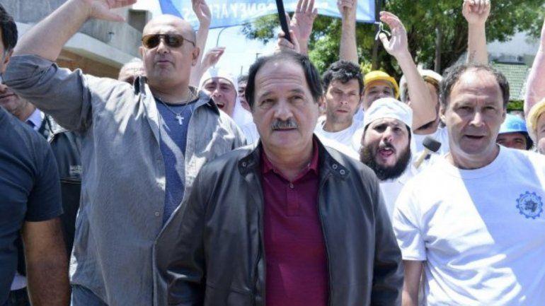 Hugo Moyano demandó a Adrián Suar y Julio Chávez por El Tigre Verón