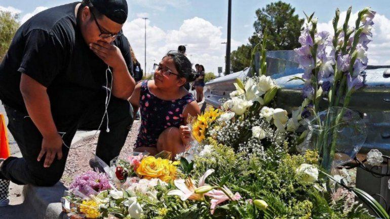 El racismo y el odio: la base de las 2 matanzas en menos de 24 horas