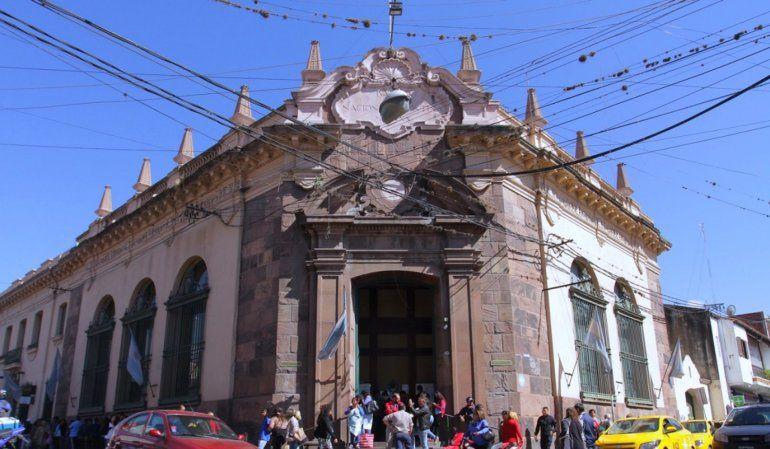 Mañana no habrá bancos en capital por el asueto del Santísimo Salvador