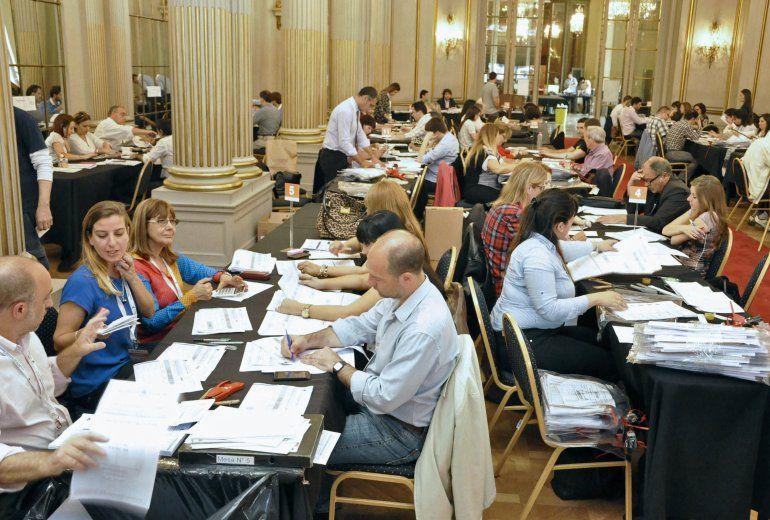 La Cámara Electoral intimó al gobierno a que entregue el software del escrutinio