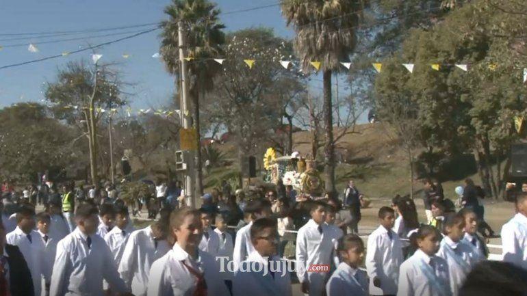 Gauchos y escolares honraron al Santo del pan y del trabajo en Palpalá