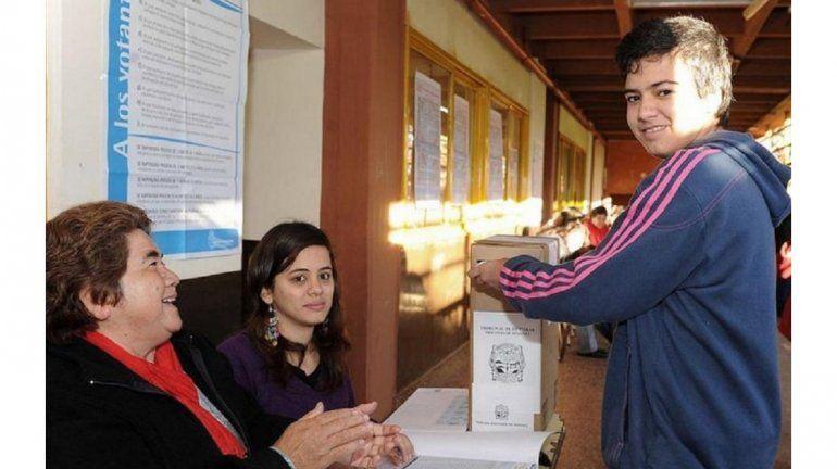 Lanzan campaña para generar conciencia cívica a jóvenes de 16 y 17 años