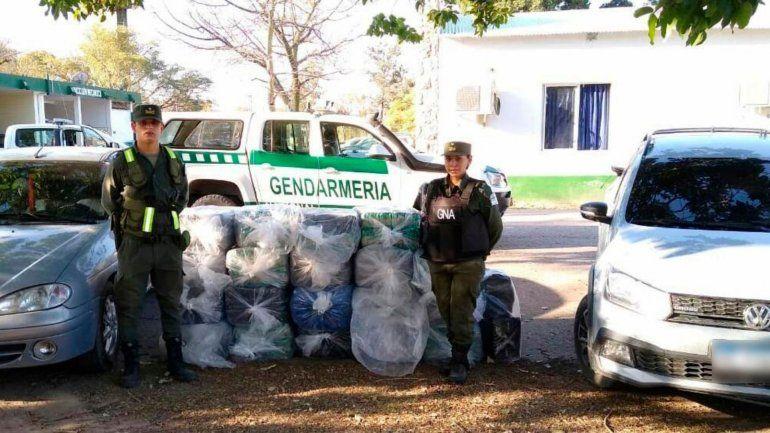 Detienen a 3 personas con más de 450 kilos de hojas de coca en Chalicán
