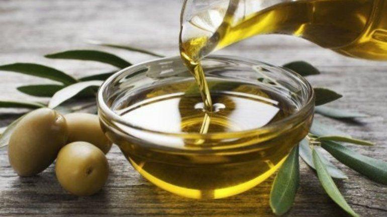 Prohíben la venta de un aceite de oliva y dos productos médicos