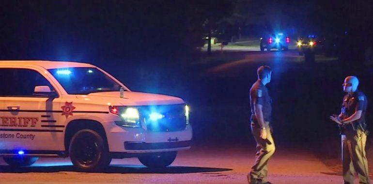 Un joven de 14 años mató a tiros a toda su familia y después confesó el crimen