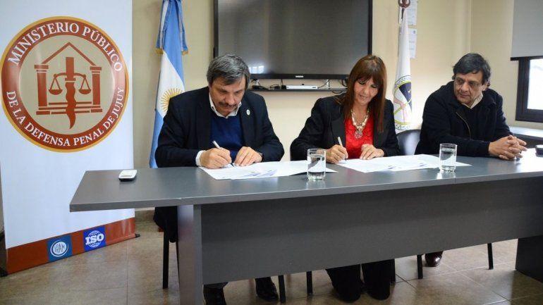 Firmaron un convenio entre la UNJu y el Ministerio de la Defensa para favorecer la docencia y la investigación