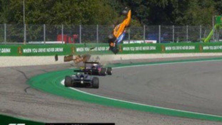 Espectacular accidente de un piloto de Fórmula 3 en el circuito de Monza