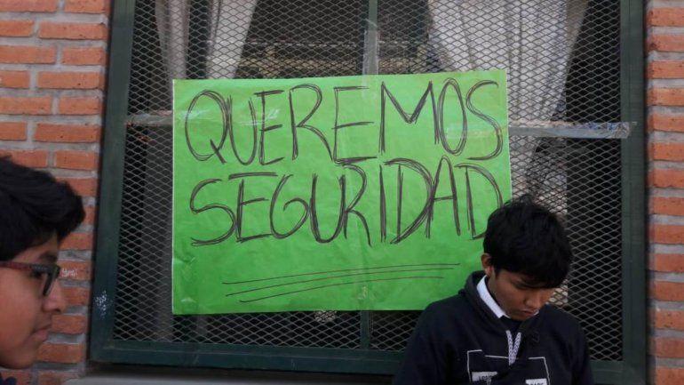 Estudiantes de la EET 2 amenazan con volver a tomar la escuela por la inseguridad