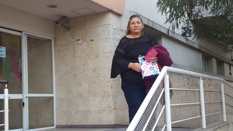 La mamá del joven apuñalado la semana pasada dijo: hoy resucité, mi hijo abrió los ojos
