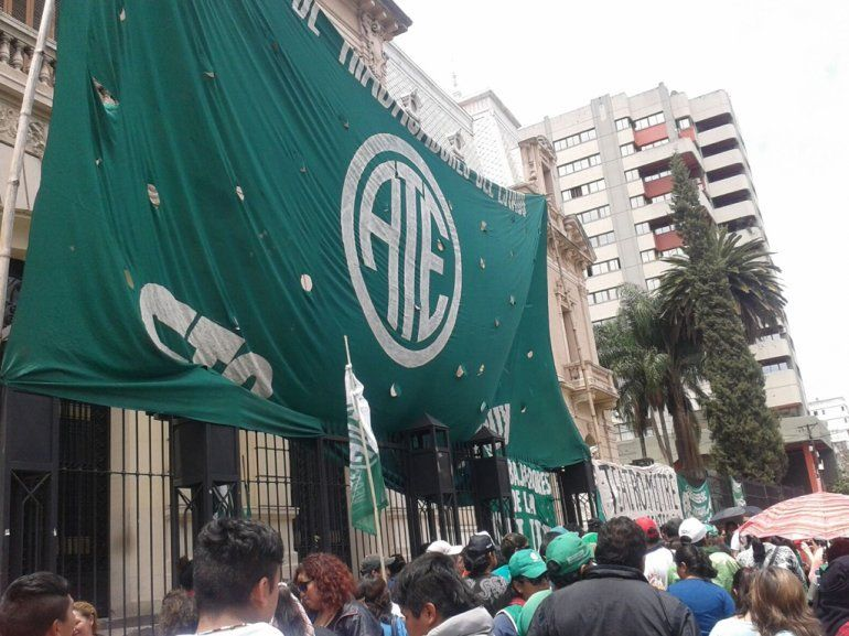 Paro Nacional de ATE: en Jujuy hay movilizaciones y reclamos durante la mañana