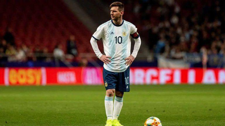 AFA pidió a la Conmebol que le levante la sanción a Messi