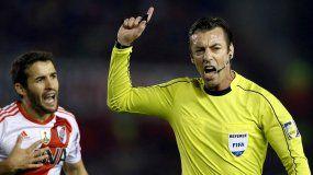 Se conoció el árbitro que dirigirá el partido de ida por la Copa Libertadores