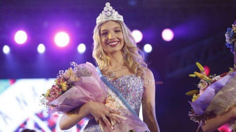 Camila Iglesias es la nueva Reina Nacional de los Estudiantes