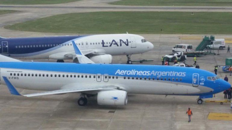 El Gobierno citará este jueves a los aeronáuticos y Aerolíneas