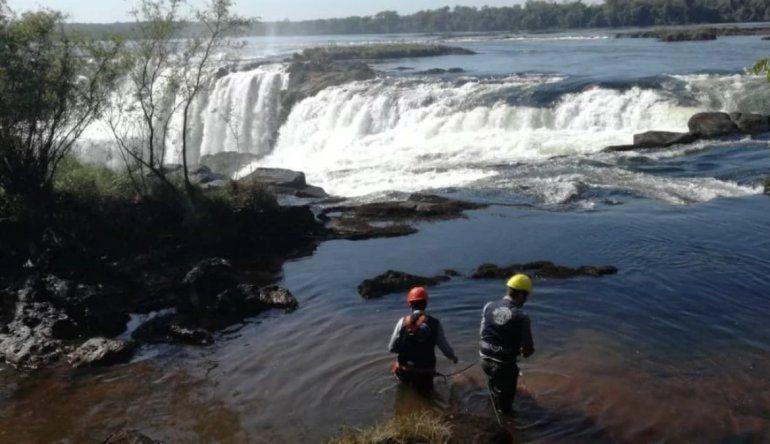 Cataratas del Iguazú: limpiaron el lecho del río y encontraron más de 90 kilos de monedas y llaves
