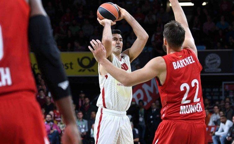 Sigue intacto: buen debut de Scola en el Olimpia Milano