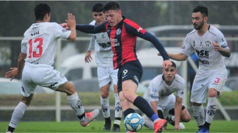 San Lorenzo fue goleado por Central Córdoba
