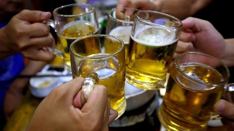Un estudio de la Universidad Nacional de Córdoba reveló que 1 de cada 4 adolescentes consume alcohol en exceso