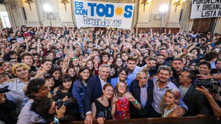 Alberto Fernández afirmó Prometo trabajar para cada chique y aseguró que creará un Ministerio de la Mujer