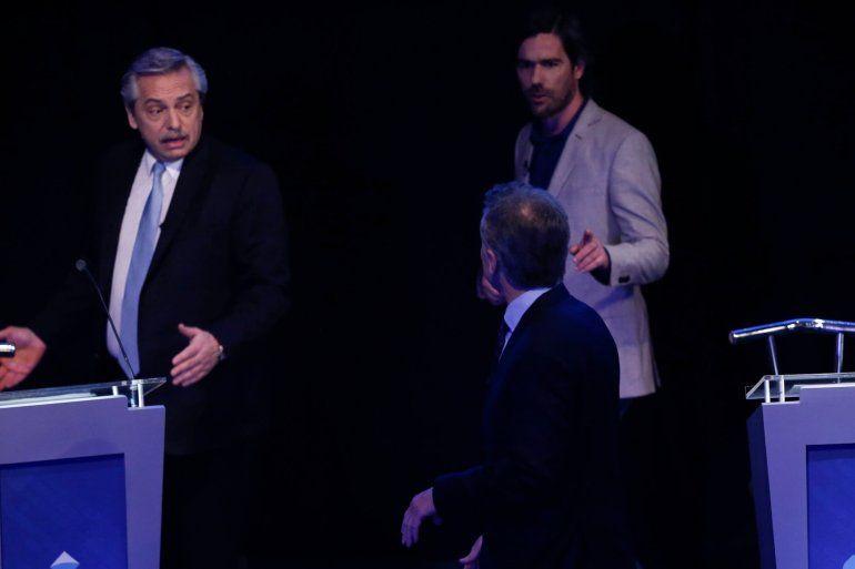 Macri y Fernández tuvieron un fuerte cruce en el corte del debate presidencial