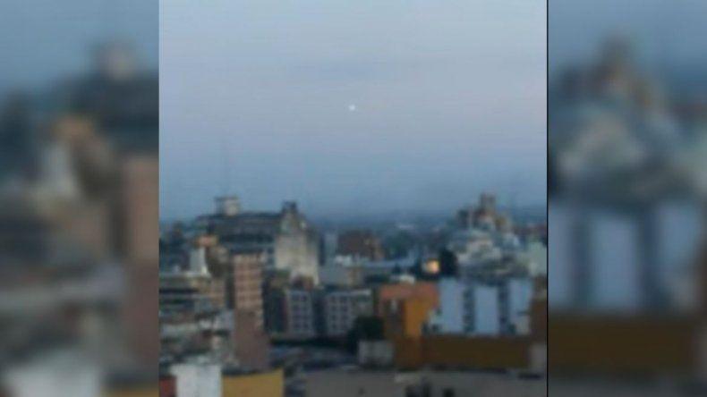 Un OVNI en el cielo de Tucumán despertó la inquietud en las redes sociales