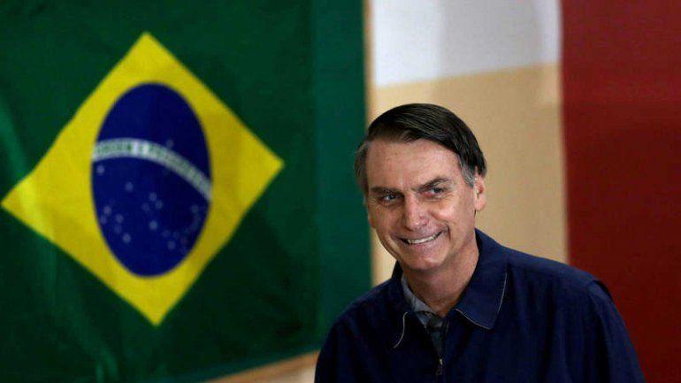 Bolsonaro dijo que podría pedir la suspensión de Argentina del Mercosur si gana Alberto Fernández