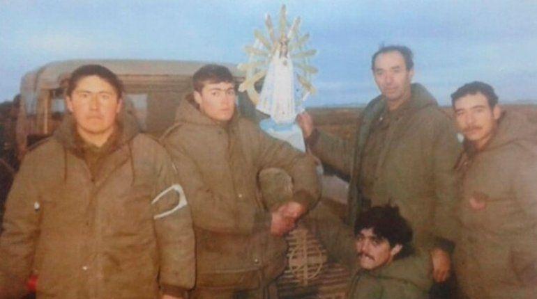 La Virgen que acompañó a los combatientes en Malvinas vuelve al país luego de 37 años