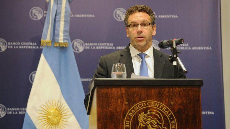 Cepo al dólar: El objetivo es proteger las reservas durante la transición de gobierno