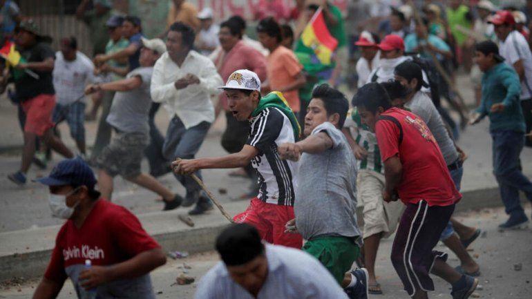 Se cumple la segunda semana de protestas con bloqueos y heridos en Bolivia