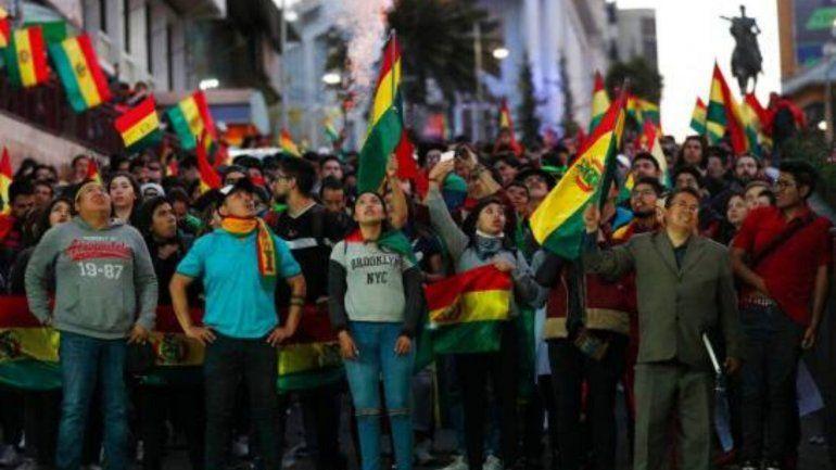 Sigue tensa la situación en Bolivia, mientras la OEA comenzó la auditoría general